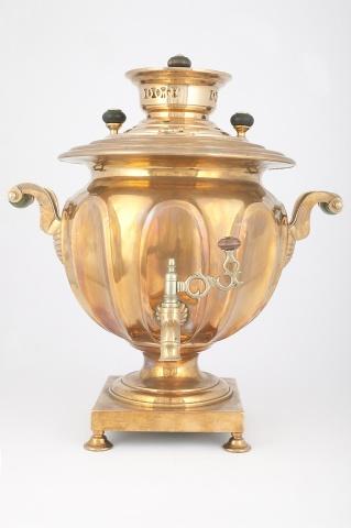 Самовар-ваза «С вогнутыми овалами»