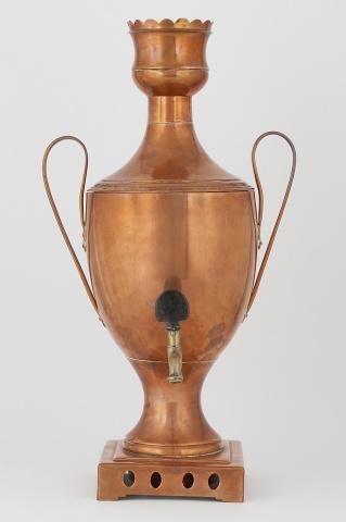 Самовар-ваза в классическом стиле