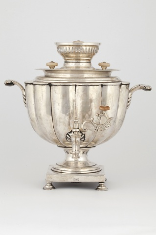 Самовар-ваза гранная