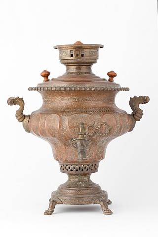 Самовар ваза с гравированным орнаментом