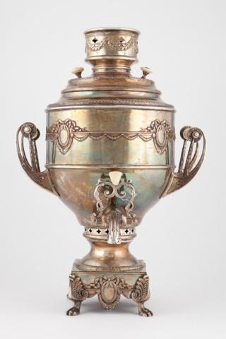 Самовар-ваза « С медальонами»